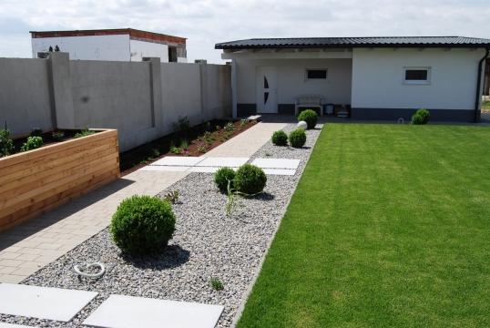 Neuanlage garten in halbturn referenzen for Gartengestaltung neubau